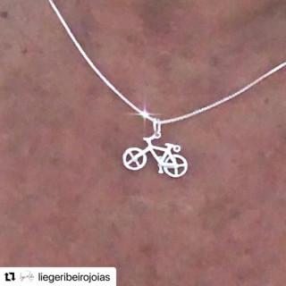 Colar Bike no cordão veneziano 0,45 cm