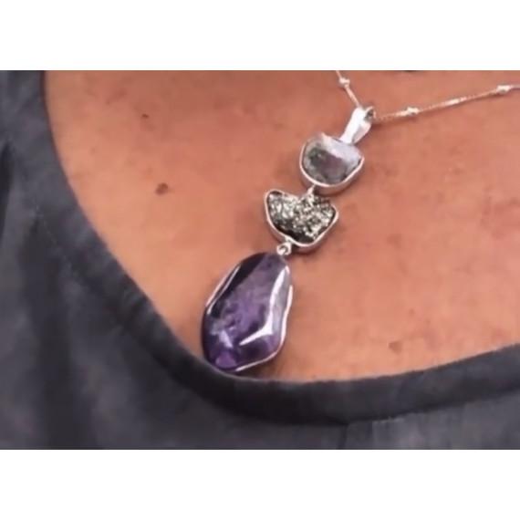 Colar amuleto celestial em prata  Personalizado no cordão 0,45 cm .