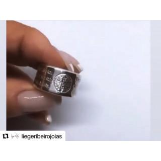 Anel São Bento em prata com 1cm de largura